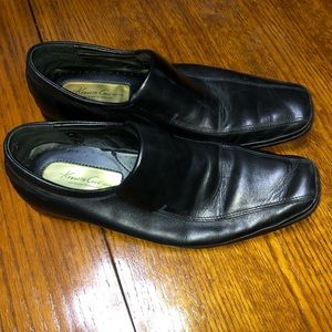 Black KENNETH COLE block party 10.5 slip on loafer